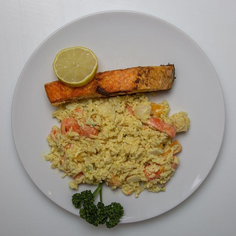 Filet de saumon et riz 7.50 la part