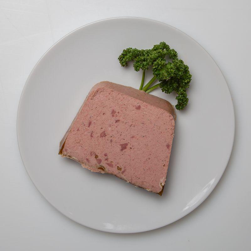 Pâté de foie 15.98 le kg