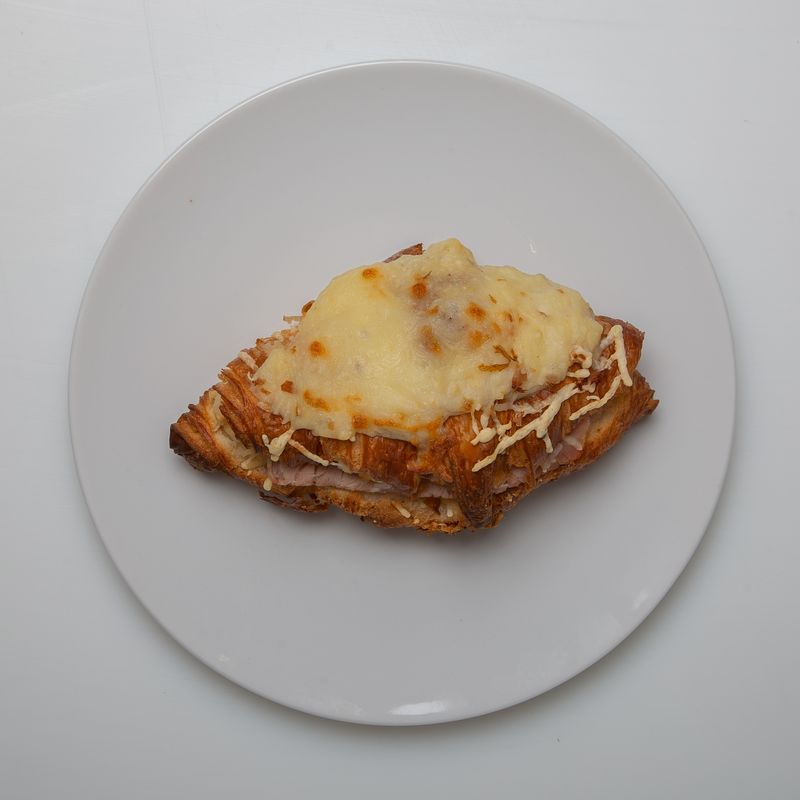 croissant au jambon 2.95 pièce